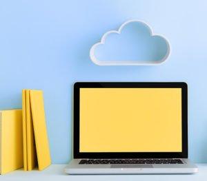 Notebook mit Cloud
