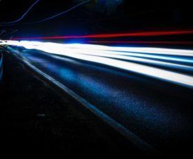 Schnellstes Internet in Hamburg, Bielefelder surfen am langsamsten