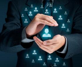 Mit Self-Service durch Vending Maschinen und Smart-Lockern zu besserem IT Service und Mitarbeiterzufriedenheit